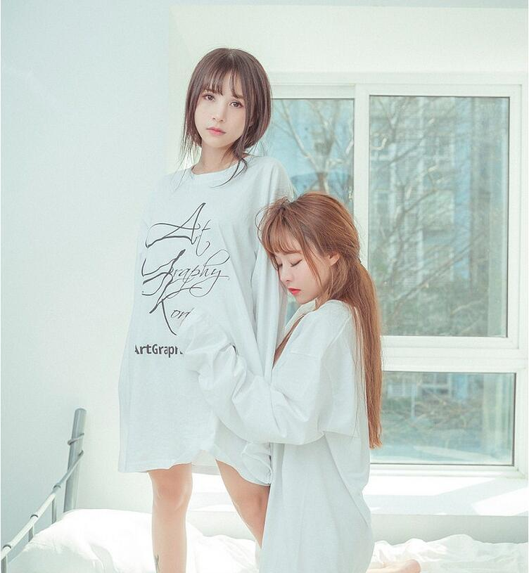 夏美酱、柳侑绮性感姐妹花最新双人写真!身材热辣!28P
