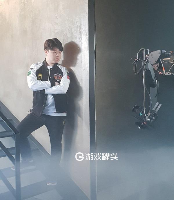 SKT2019新阵容宣传片定妆照 快来看看哪位选手最有范